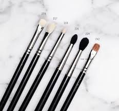 mac brushes. mac-makeup-face-eye-brushes-review-overview-2 mac brushes -