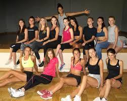 Séance répétition à Sassenay pour les candidates à Miss Bourgogne