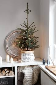 best 25 modern christmas trees ideas