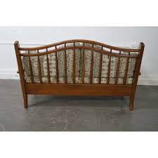 Hunt Country Furniture Windsor Settee