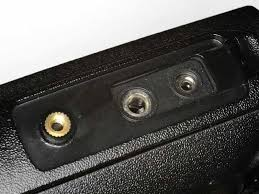 tyt tytera md 390 speaker mic plug compatibility issues above the soft rubber gasket surrounds the speaker mic jacks and if you look carefully you will note that the metal part of the jack is recessed in the