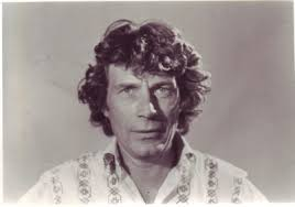 ways of seeing john berger s marxist arts documentary this essay examines the canonical status of ways of seeing charting its impact on the discipline of art history during the 1970s berger s central ideas