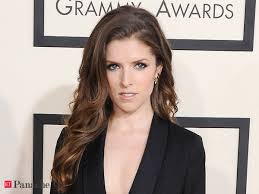 Anna Kendrick to pen book - The Economic Times