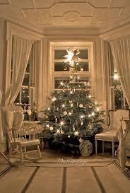 victorian-christmas-decorating-ideas-11