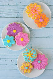 decorated flower sugar cookies. Modren Decorated Pretty Spring Flower Cookies With Decorating Howto  By Glorious Treats Inside Decorated Sugar I