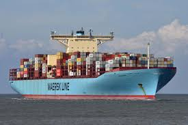 photo martin witte alamy the big leagues the emma maersk one of the world s largest container ships is powered by a sel engine