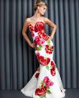 Цветы на платьях фото