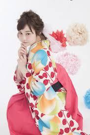 卒業式の袴やスーツにぴったり大学最後の晴れ舞台を彩るおしゃれな髪型