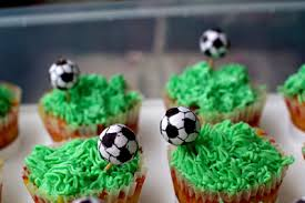 How To Decorate A Soccer Ball Cake Great Soccer Cake Ideas 42