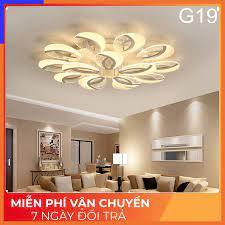 Đèn LED ốp trần, đèn trang trí phòng khách 15 cánh 3 chế độ sáng điều khiển  từ xa tốt giá rẻ