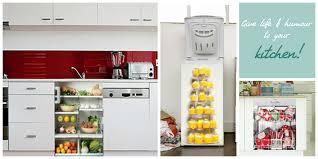Küchenschränke mit Einblick Küchen verschönern mit bunten Aufklebern