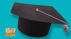 How To Make Hat With Chart Paper Learn To Make A Graduation Cap Arts Crafts