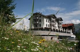 Alpina Hotel Book Romantik Hotel The Alpina Mountain Resort Spa A Romantik