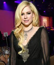 avril lavigne s first song in 5 years is about her near experience