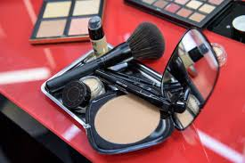 asbestos found in claire s makeup s for children prompting recall