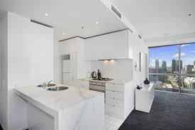 2 Bedroom 2 Bathroom Apartment In Melbourne Cbd Collins Street