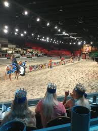 Myrtle Beach's Medieval Times Dinner Theater: The Blue Knight vs. The Red  and Yellow Knight | Medieval times dinner, Myrtle beach, Pictures
