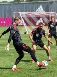 13 will be the first bundesliga match in charge for both teams' new coaches after bayern hired julian nagelsmann from leipzig and gladbach brought in adi hütter from eintracht frankfurt. Cv0zbanvxflmjm