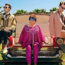 Achille Lauro in rosa, Fedez griffato, Orietta Berti con le conchiglie: il  lancio di Mille è glamour