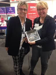 """Agnes Schilder auf Twitter: """"Veel belangstelling voor #bestepraktijken boek Wilma  Wolf @hanze #MedischOndernemen live… """""""