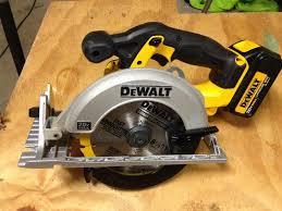dewalt 20v saw. dewalt dcs391l1 20v max 3.0 ah max li-ion circular saw kit dewalt 20v