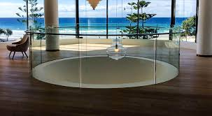 bent and curved glass pool fencing gold coast
