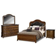 Winsome American Signature Bedroom Set Kitchen Model New In American ...