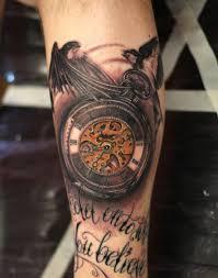 тату у парня на предплечье карманные часы и птицы фото рисунки