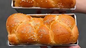 Bánh mì bơ sữa thơm ngon với máy nhồi bột, đánh kem đánh trứng UNIE M2 siêu  êm - YouTube