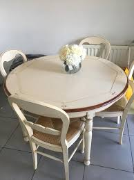 stunning rustic dining table and 6 chairs