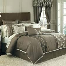 hollywood glam bedding shimmer wallpaper glamorous bedroom decor glamour bedding rose gold glitter modern romantic decorating hollywood glam bedding