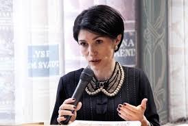Министр Кириленко прокомментировал скандал с диссертацией супруги  Министр Кириленко прокомментировал скандал с диссертацией супруги
