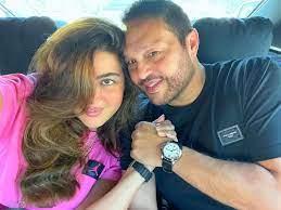 ريهام حجاج تعلق على الشَبه الشديد لشقيقتها: أختي الصغيرة وليست توأمي
