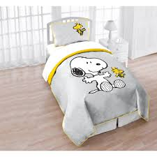 snoopy crib bedding peanuts baby bedding lambs and ivy snoopy crib bedding