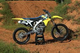 2018 suzuki motocross. interesting suzuki save for new blue graphics and seat cover the 2018 rmz250 remains  unchanged throughout suzuki motocross l
