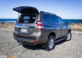 2015 Toyota Land Cruiser Prado VX 2.8: 2.2-ton corner carver ...