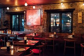 Incredible winter living room design ideas for holiday spirit Southern 15 Check Out The Citys Best New Bars And Restaurants Local Food Tours 15 Exciting Things To Do In Montreal This Winter 2019 winter Guide
