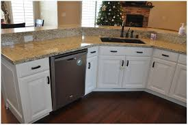 best off white paint color for kitchen cabinets