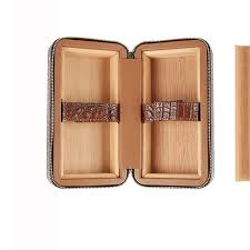 genuine leather cigar humidor case travel cedar wood portable light weight