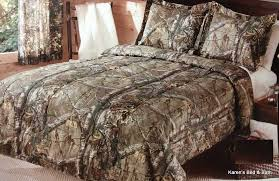 image of boys camouflage bedding full tree limbs leaves
