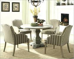dinner table centerpiece round table decor ideas casual dining room ideas round table round table casual dinner table centerpiece beautiful dining