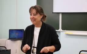 Professor Bonnie Roos came to Petrozavodsk University ...