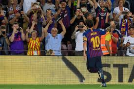 Luis suarez and lionel messi grab two each but result is marred by horror ankle injury to aleix vidal. Barcelona V Alaves Live As It Happened Lionel Messi And Philippe Coutinho On Target In Comfortable Win La Liga 2018 19 London Evening Standard
