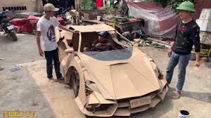 I bring a lot of attention to the realization of your package, the vehicles are wrapped in bubble wrap in a cardboard reinforced against shocks. Lamborghini And Bugatti Supercars Created From Cardboard Autoblog