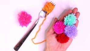 quick mini pom poms with a fork
