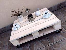 one pallet coffee table with wheels