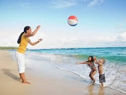Beach ball on beach Flip Flops Beach Ball Games Baby Gizmo 10 Games You Can Play With Beach Ball