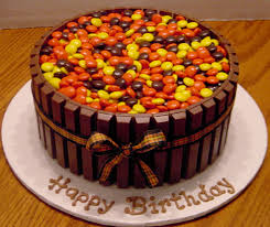 chocolate peanut er goodtoknow simple design reeses pieces cake dazzling inspiration not just for birthdays sweet things cakes cookies biscuits