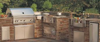 lynx is a reble manufacturer of premium outdoor grills outdoor appliances and equipment this 42 professional series built in natural gas