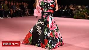 <b>Fashion</b> lookahead: Seven major looks for 2020 - BBC News